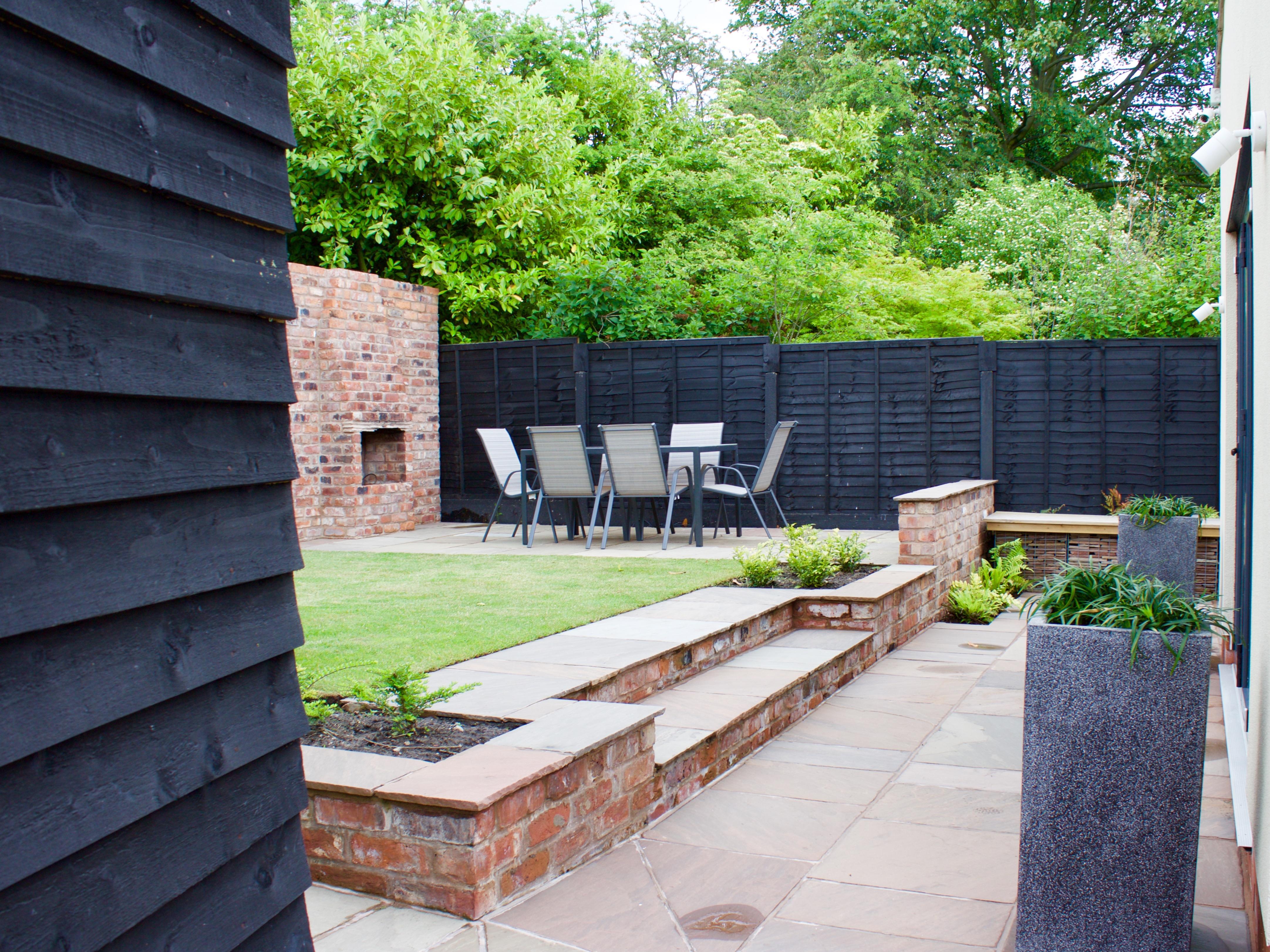 Modern Family Garden Design in Sale, Altrincham, Chorlton, Didsbury, Knutsford, Wilmslow, Macclesfield, Alderley Edge, Cheshire, Manchester, Lancashire, Chester, Wales & North West