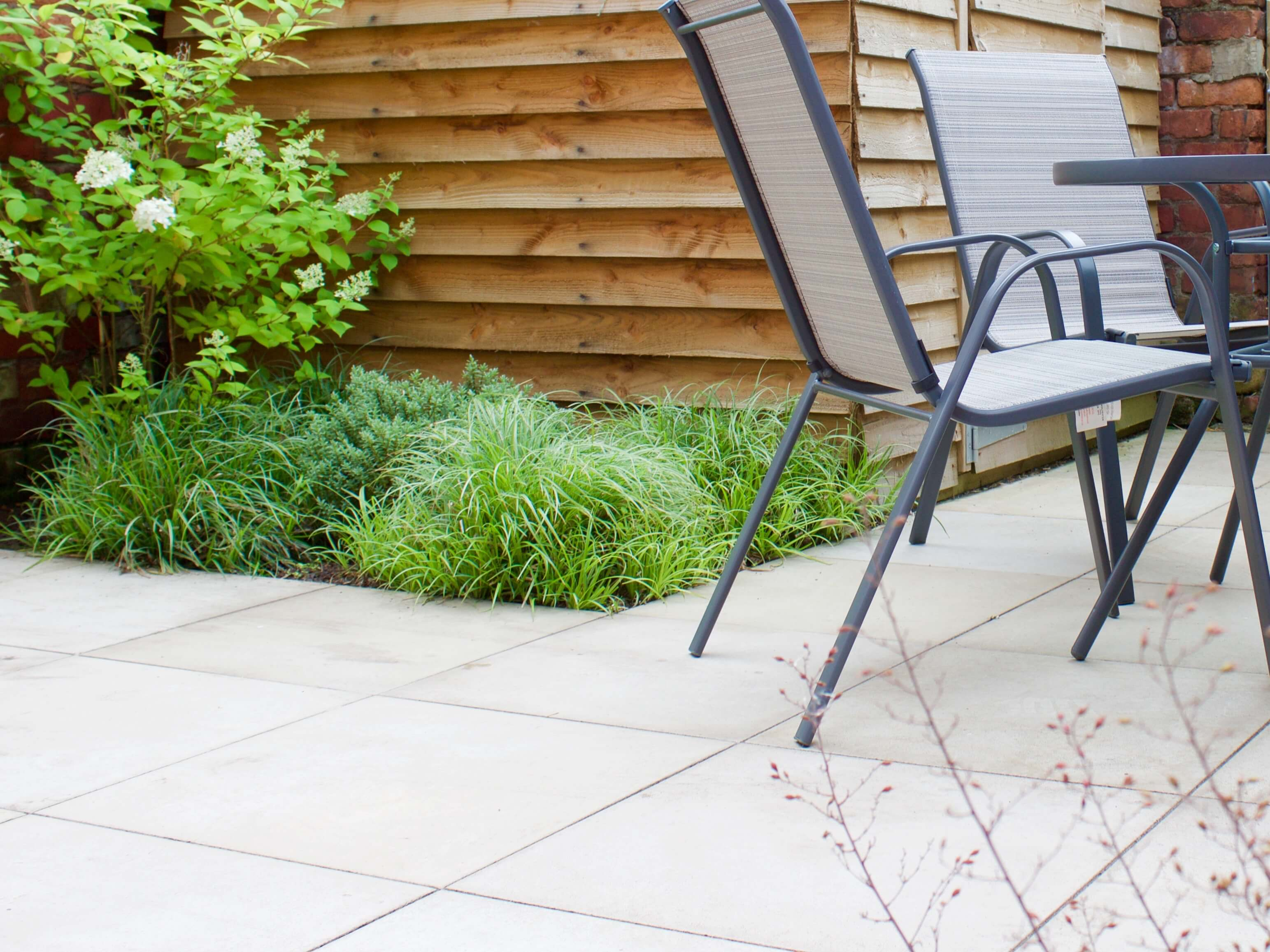 small courtyard garden design in manchester and cheshire, altrincham, didsbury, chorlton, wilmslow, alderley edge, sale, knutsford, stockport, lancashire, chester, 2